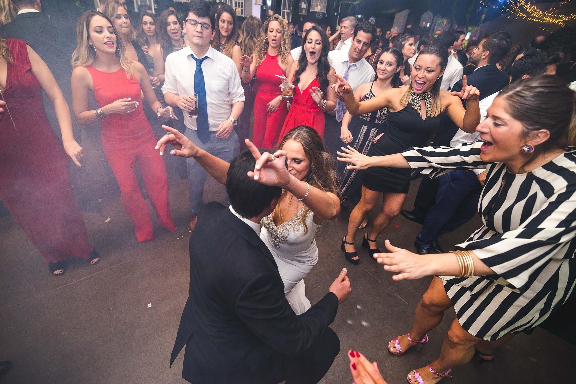 fotografo de matrimonios santiago- fotografo documental de matrimonios-club hipico-casa blanca-fiesta